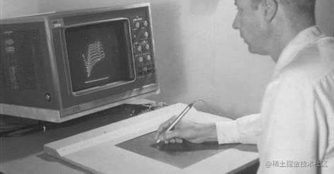 汤姆·艾利斯在20世纪60年代使用RAND平板电脑与屏幕上的图像进行交互